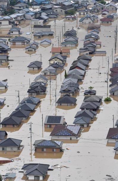 西日本豪雨で浸水した住宅地